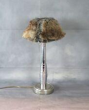 Lampe en métal chromé avec abat jour à poils