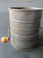 Vintage Kitchen Bromwell's Measuring Sifter 3 Cups Pat.1.753.995 Made In USA
