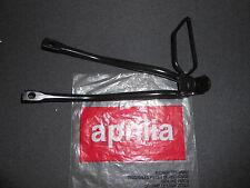 NEW GENUINE APRILIA RS125 06-09 LH PASSENGER FOOTREST SUPPORT AP8179175