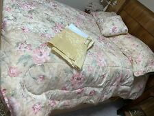 Pale Yellow Floral Paisley 4 Pc Comforter Set, Queen