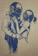 DEEP SEA DIVERS IN LOVE med T shirt Scuba helmets tee Diving Romance aqualung