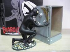 Diabolik Kollector's Figure Statua Resina Diabolik con Cassaforte