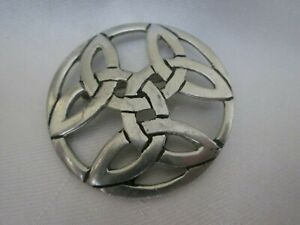 Vintage Signed St Justin Cornwall Pewter Celtic Trinity Knot Brooch Lapel Pin