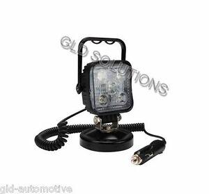PROIETTORE 5 LED per AUTO Base Magnetica 15 watt Presa Accendisigari Staffa