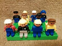 10 VINTAGE LEGO DUPLO FIGURES NICE CONDITION BOB BUILDER POLICE ETHNIC TRAIN
