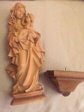 Marienstatue Mutter Gottes mit Apfel, Holz, geschnitzt gebeizt