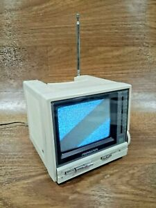 Soundesign 1986 Portable Black and White TV Television Model 3917 IVY Vintage 80