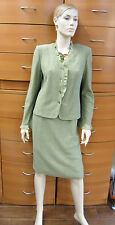 SKIRT SUIT CAREER COCKTAIL WOOL JERSEY OLIVE LONG SLEEVE JACKET MADE IN EUROPE M