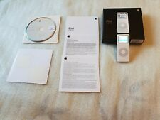 Apple iPod Nano 1st generazione A1137 2GB Nero viene fornito in scatola originale
