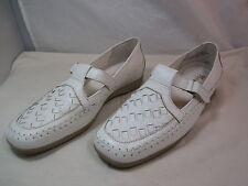 "Womens Mushrooms White Leather T Strap Flats Shoes Sz 9M  1"" Heels"