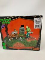 Lemax 44734 IGOR THE GRAVE DIGGER Spooky Town Table Accent Animated Halloween I