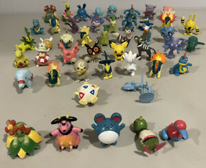 LOT OF 47 - POKEMON ACTION FIGURES TOYS TOMY CGTSJ GEN 2 CORSOLA TYPHLOSION READ