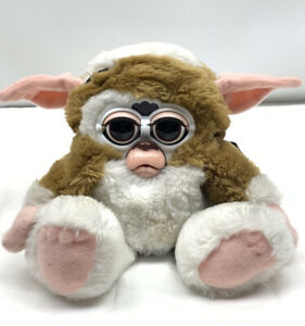 Electronic Furby Friends GREMLINS GIZMO Toy Figure Tiger Hasbro NOT WORKING