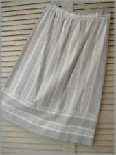 """Gray & Cream Striped Career Straight Skirt (S) 26"""" waist - 38"""" hips - 25"""" length"""
