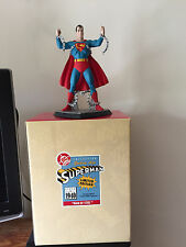 "A DC 1996 "" SUPERMAN  "" STATUE BY HALLMARK BRAND NEW  WITH ORIGINAL BOX."
