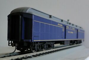 WALTHERS  ACF 70' HEAVYWEIGHT REA 932-10516 BAGGAGE CAR LOUISVILLE & NASHVILLE