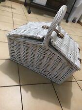 PICNIC BASKET Hamper White