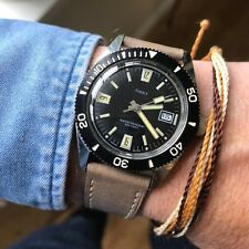 Stunning vintage 1960's Timex sub 200ft black dial manual wind divers watch