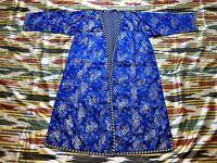 SALE!!! Uzbek Vintage Handvoven Silk Robe Dress chapan Caftan