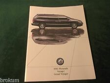 1996 PLYMOUTH VOYAGER GRAND VOYAGER ORIGINAL DEALER BROCHURE EXCELLENT COND (NF)