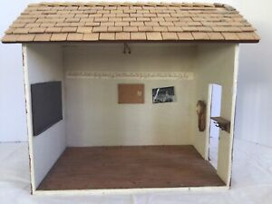 Vintage Handcrafted Miniature Dollhouse School House Electric 1:18-1;16 Scale?
