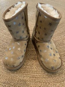 Girls UGG Silver Star Brown Boots Size 13