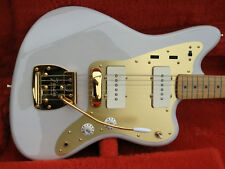 Fender Japan 2012 Limited Edition Jazzmaster White Blonde Gold Hardware - NEUW.