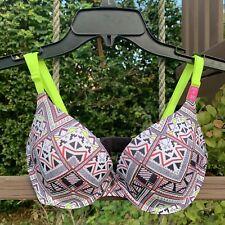 d2f042a6e05fb Victoria s Secret Women s Geometric Push-Up Bras   Bra Sets