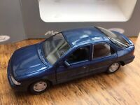 GAMA 51020 FORD MONDEO GHIA Mk I 4 door 1993 dark blue model car 1:43rd scale