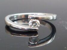 Impresionante 18ct Oro Blanco 0.20ct solitario diamante anillo M10