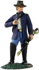 BRITAINS SOLDIERS 31146 Federal Captain of Infantry Wearing Sack Coat with Cigar