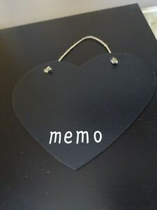 **BLACK HEART SHAPED MEMO BOARD**