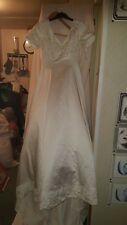 VINTAGE ?WEDDING /BRIDESMAID DRESS IVORY SHORT SLEEVES SEQUIN/EMBROIDERY 32 CHE