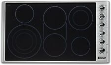 """Viking Vecu53616Bsb 5 Series 36"""" Electric Smoothtop Style Cooktop with 6 Element"""