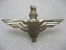 .BRITISH ARMY CAP BADGE THE PARACHUTE REGIMENT,wings