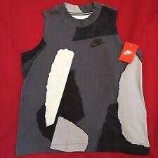 Women's Nike sleeveless workout top Size M New
