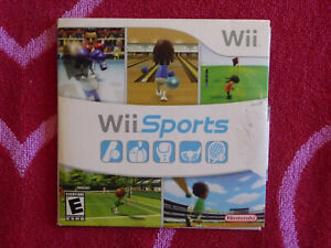 WII SPORTS Nintendo Wii 2007 Complete w/ Manual (Damaged Case)