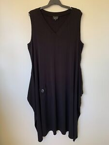 FREE WOMAN SLEEVELESS V-NECK HIP POCKET FRONT BLACK MAXI DRESS SIZE 20 AU