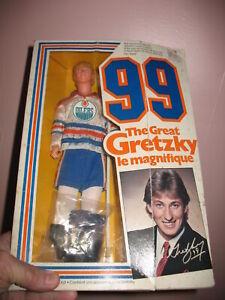 VINTAGE 1983 MATTEL NHL GREAT WAYNE GRETZKY ~DOLL FIGURE VG