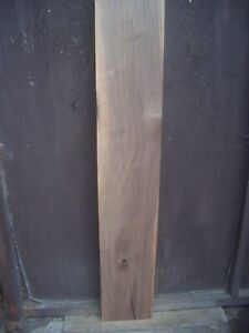 30 mm amerikanischer Nussbaum Brett gehobelt 1,63 cm / 28 cm kammertrocken