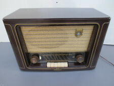 Grundig 2010   Röhrenradio  Gehäuse aus Bakelit