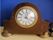 Vintage Mastercrafters Sessions Art Deco Wood Clock with Gold Metal Feet Working
