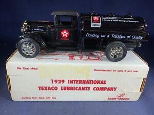 Y4-16 ERTL DIE CAST BANK - 1929 INTERNATIONAL TANKER TRUCK - TEXACO LUBRICANT CO