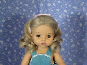 Imsco M-70 Platinum Blond Full Cap Doll Wig Size 9 Mid-Length Curly