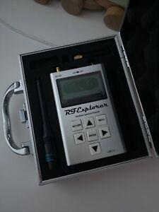 RF Explorer ISM Combo Handheld Spectrum Analyser With Case