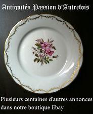 B20120809 - Assiette en porcelaine de Limoges signée Bauwens et rehaussée or