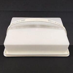 "Tupperware Rectangular 9"" X 13"" Sheet Cake Carrier/Taker"