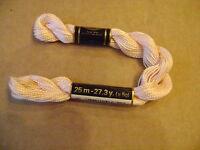 DMC coton perlé N° 5 pour la grosseur, coloris  N°951 long 25 mètres