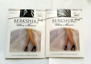 2X or 3X BERKSHIRE ULTRA SHEERS SANDALFOOT PANTYHOSE SIZE:2 OR 3X-4X