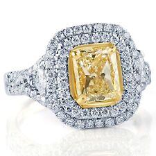2.65 Kt Giallo Radiante Taglio Cubico Lato Anello di Fidanzamento con Diamanti